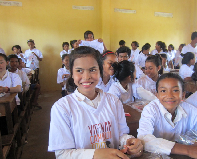 classroomgirls_2